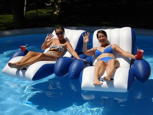 Intex Floating Recliner Lounge Review